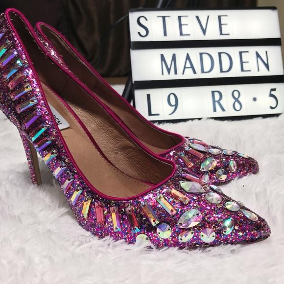 f932403f0bf Steve Madden Galaxxie pumps. M 5a3cabab3a112edf73013f68